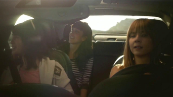 2014 Chevrolet Malibu TV Spot, 'La Gente Más Rica del Mundo' [Spanish] - Thumbnail 6
