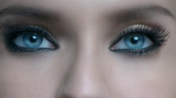 L'Oreal Paris Voluminous Butterfly Mascara TV Spot [Spanish]