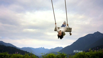 Nikon TV Spot, 'Live This Moment' - Thumbnail 7