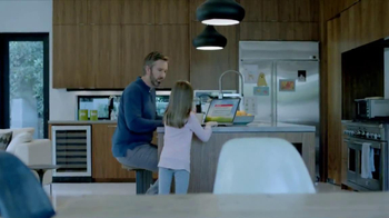 Vizio M-Series Smart TV TV Spot, 'So Easy' - Thumbnail 2