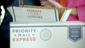 USPS Priority Mail Express TV Spot, 'Giselle' [Spanish] - Thumbnail 8