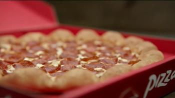 Pizza Hut 3 Cheese Stuffed Crust TV Spot, 'Stuffed Turkey' - Thumbnail 8