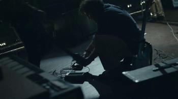 2014 Chevrolet Silverado TV Spot, 'Un Hombre: Banda' [Spanish] - Thumbnail 4