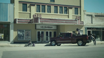 2014 Chevrolet Silverado TV Spot, 'Un Hombre: Banda' [Spanish] - Thumbnail 8