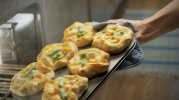 Pillsbury Grands! Flaky Layers TV Spot, 'Reinvent the Chicken Dinner' - Thumbnail 9