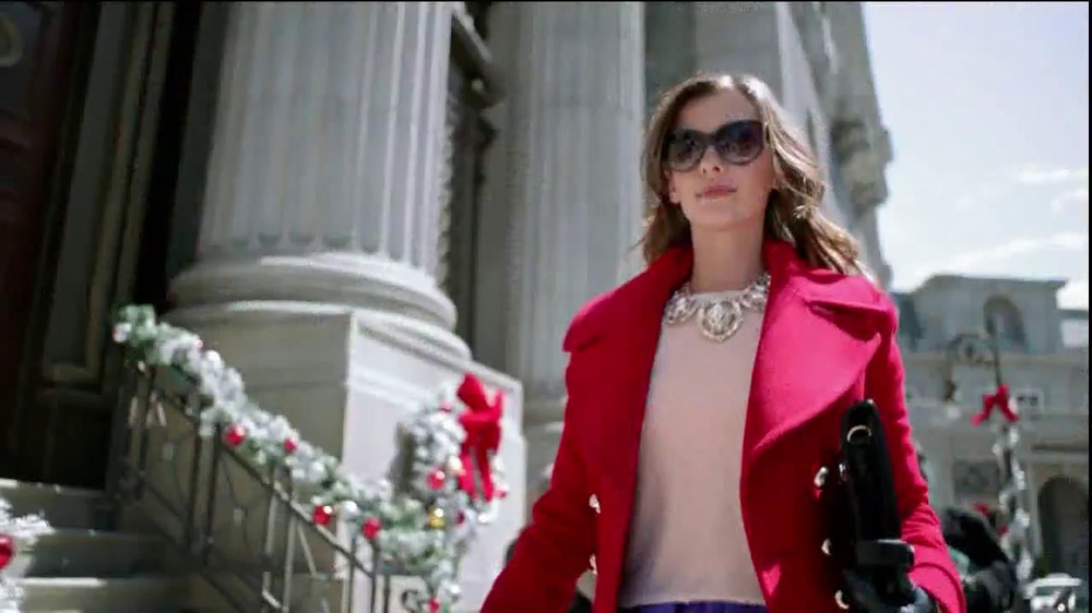 TJ Maxx, Marshalls and HomeGoods TV Commercial, 'The Gifter: Never Settle'