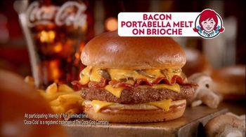 Wendy's Bacon Portabella Melt on Brioche TV Spot, 'Peep Hole' - Thumbnail 10