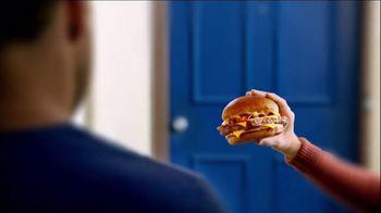Wendy's Bacon Portabella Melt on Brioche TV Spot, 'Peep Hole' - Thumbnail 5
