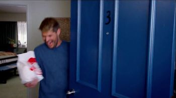 Wendy's Bacon Portabella Melt on Brioche TV Spot, 'Peep Hole' - Thumbnail 9