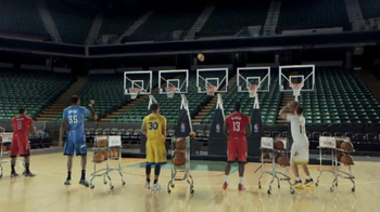 NBA Store TV Spot, 'Jingle Hoops' - Thumbnail 3
