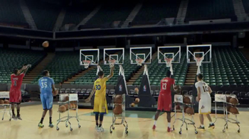 NBA Store TV Spot, 'Jingle Hoops' - Thumbnail 4