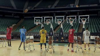 NBA Store TV Spot, 'Jingle Hoops' - Thumbnail 6