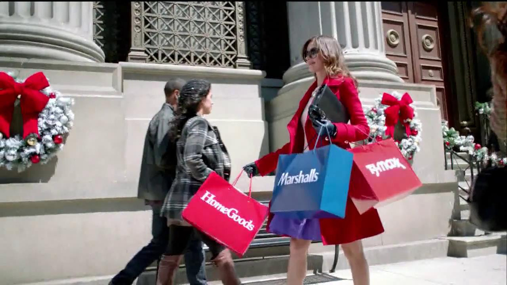 TJ Maxx, Marshalls and HomeGoods TV Commercial, 'The Gifter: Full Speed'