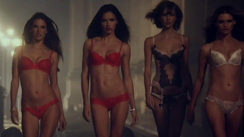 Victoria's Secret Dream Angels Collection TV Spot, Song by Autre Ne Veut - Thumbnail 9