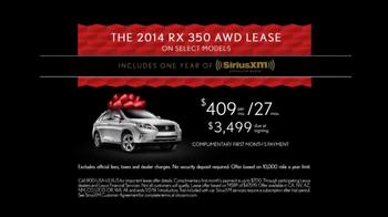 Lexus December to Remember TV Spot, 'Bow Craftsmanship' - Thumbnail 10