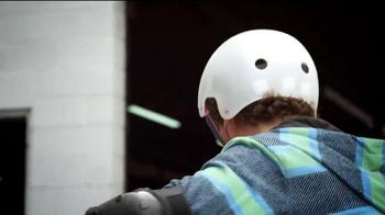 Yvolution Fliker CarverTV Spot, 'Warehouse Tricks' - Thumbnail 3