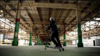 Yvolution Fliker CarverTV Spot, 'Warehouse Tricks' - Thumbnail 4