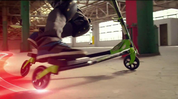 Yvolution Fliker CarverTV Spot, 'Warehouse Tricks' - Thumbnail 7