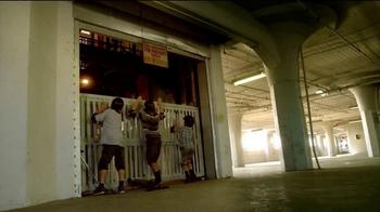 Yvolution Fliker CarverTV Spot, 'Warehouse Tricks' - Thumbnail 9