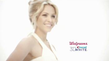 Crest 3D White TV Spot Featuring Shakira - Thumbnail 10