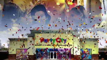 Party City TV Spot, 'A Little Thanksgiving in My Life' - Thumbnail 9