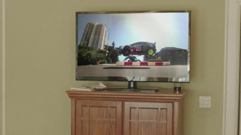Google Chromecast TV Spot, 'For Bigger Fun' - Thumbnail 6