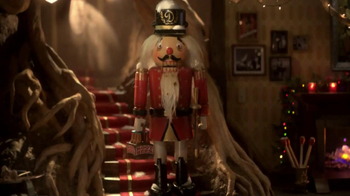 Planters Deluxe Mixed Nuts TV Spot, 'Mr. Peanut Throws a Holiday Party' - Thumbnail 6