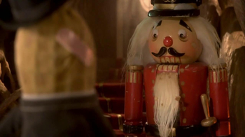 Planters Deluxe Mixed Nuts TV Spot, 'Mr. Peanut Throws a Holiday Party' - Thumbnail 9