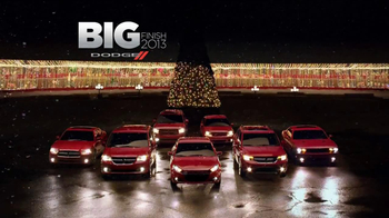 Dodge Big Finish Event TV Spot, 'Holiday Race' - Thumbnail 9