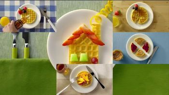 Eggo Homestyle Waffles TV Spot, 'Toppings' - Thumbnail 9
