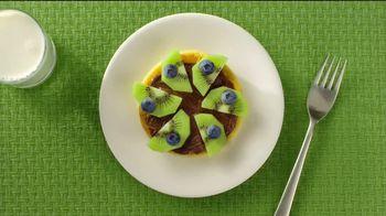 Eggo Homestyle Waffles TV Spot, 'Toppings' - Thumbnail 3