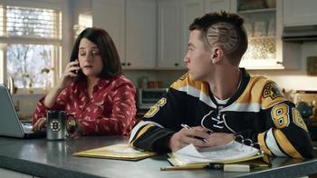 Discover Card Cash Back TV Spot, 'NHL Hats' - Thumbnail 7