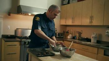 Nestle Toll House TV Spot, 'Firefighters' - Thumbnail 2