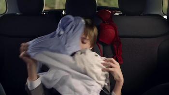 FIAT 500L TV Spot, 'Wedding' - Thumbnail 9