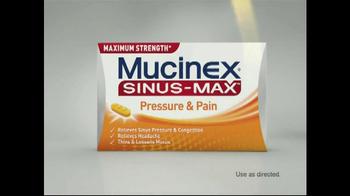 Mucinex Sinus Max TV Spot 'Elevator' - Thumbnail 7