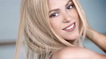 Crest 3D White Toothpaste TV Spot, 'Blanca' Con Shakira [Spanish] - Thumbnail 4
