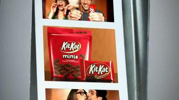 KitKat TV Spot, 'Carnival Photo Booth' - Thumbnail 10