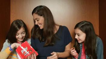 KitKat TV Spot, 'Carnival Photo Booth' - Thumbnail 7