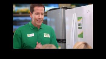 Rent-A-Center TV Spot, 'Fridge Decorations' - Thumbnail 5