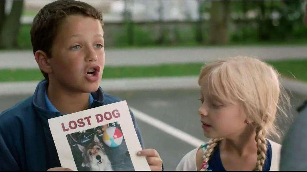 Chevrolet Traverse TV Commercial, 'Lost Dog' - iSpot.tv