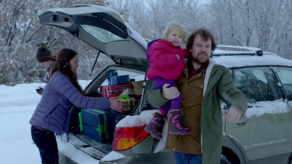 Apple Holiday TV Commercial, 'Misunderstood'