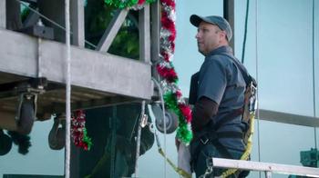 Walgreens TV Spot, 'Window Washers' - Thumbnail 2
