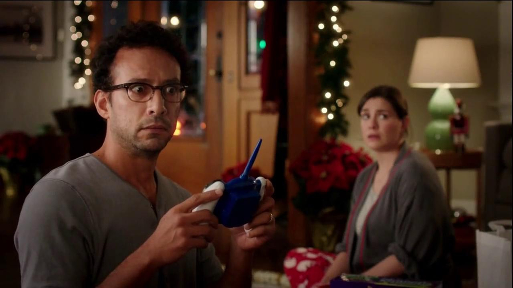 Walgreens TV Commercial, 'Christmas RC Helicopter'