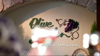 Olive Garden Italiano Burger TV Spot - Thumbnail 9