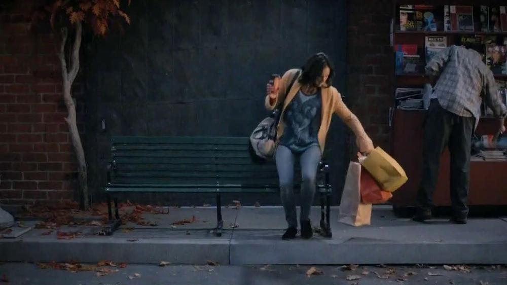 McDonald's McCafe White Chocolate Mocha TV Commercial, 'Scene'