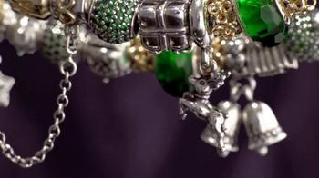 Ben Bridge Jeweler TV Spot, 'Tree Lot' - Thumbnail 8