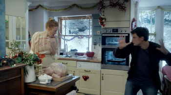 Google Nexus 7 TV Spot, 'Holiday Decorations' Song by Slade