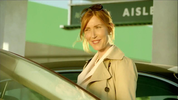 National Car Rental TV Spot, 'Fashion Consultant' - Thumbnail 10