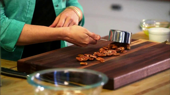 Fisher Nuts Pecan Halves TV Spot - Thumbnail 6