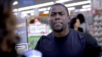 Walmart TV Spot, 'Last-Minute Shopping' Featuring Kevin Hart - Thumbnail 5